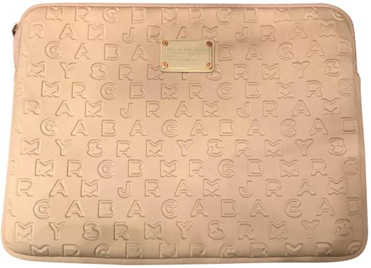 Preload https://img-static.tradesy.com/item/22521741/marc-by-marc-jacobs-tan-computer-case-tech-accessory-0-1-540-540.jpg