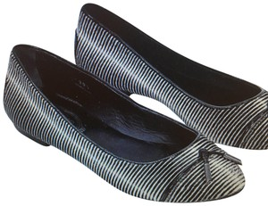Tod's Black white Flats