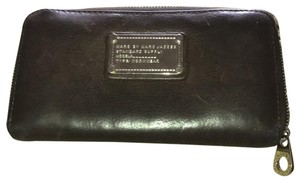 Marc by Marc Jacobs Classic long wallet