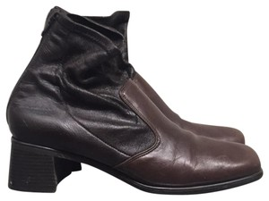 Munro American Brown Boots