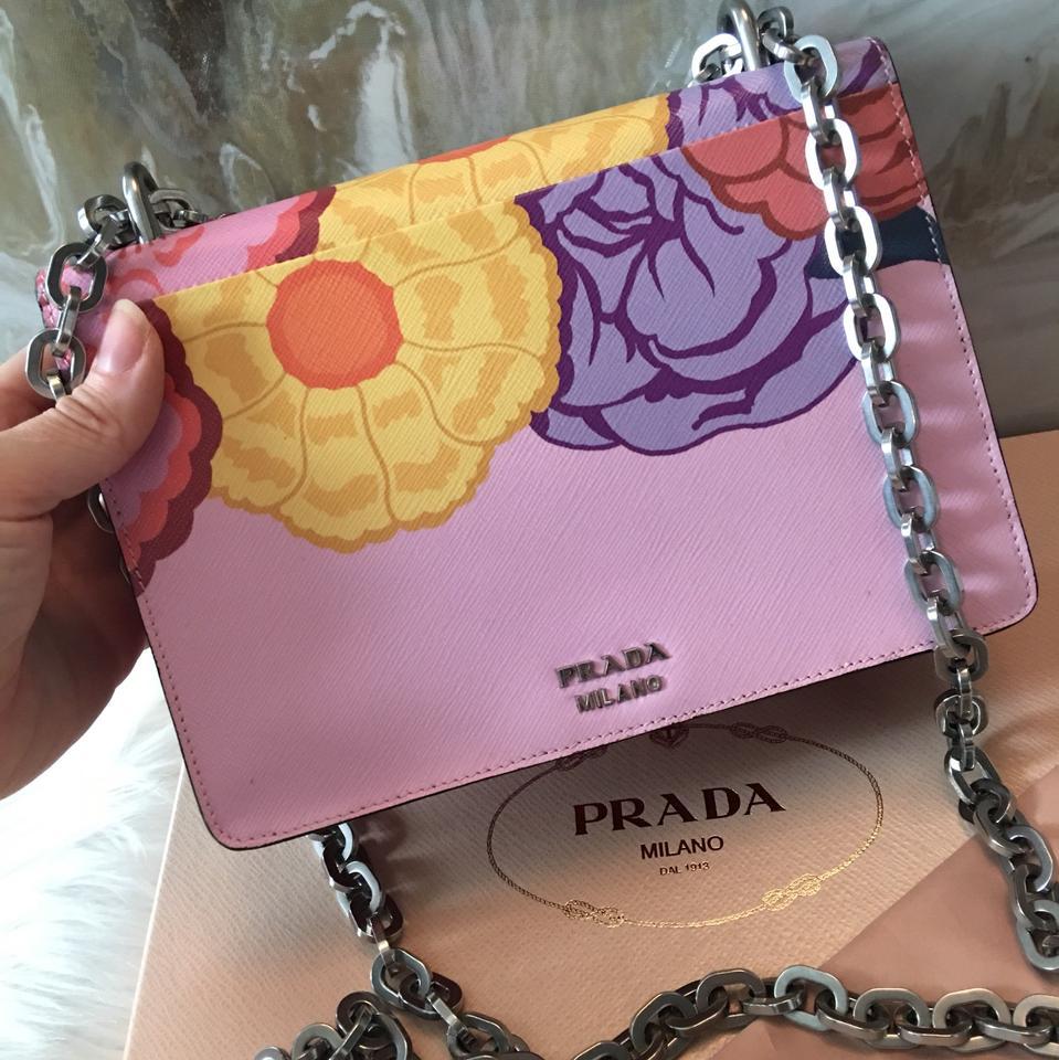 Prada Limited Edition Rosso Dis Lips Chain Rare Multicolor Saffiano Leather  Shoulder Bag - Tradesy f03b30fb5100b