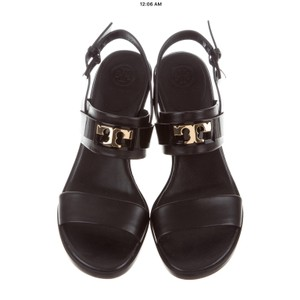 Women S Shoes Up To 90 Off At Tradesy