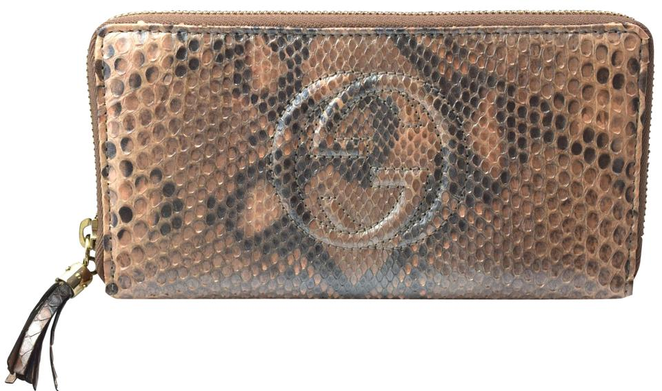 61f7dde0e Gucci Gucci 308004 Women's Metallic Python Soho Zip Around Wallet Pink Pear  Image 0 ...