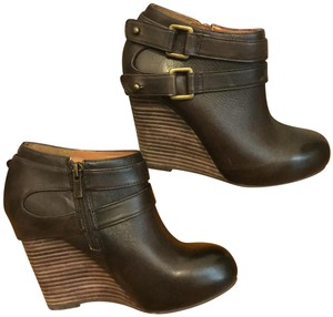 Hive & Honey Buckle Wedge brown Boots