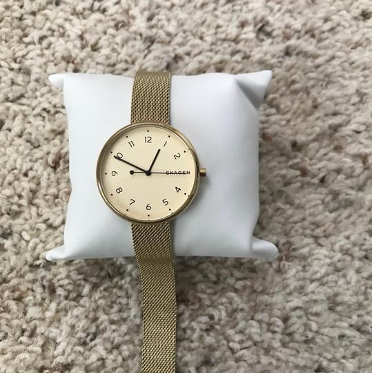 Skagen Denmark Brand New Signature Gold-Tone Steel-Mesh Watch SKW2625 Image 4