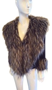 Simon Chang Fur Trim Stylish Light Weight Easy To Travel With Color Is Flexible brown Jacket