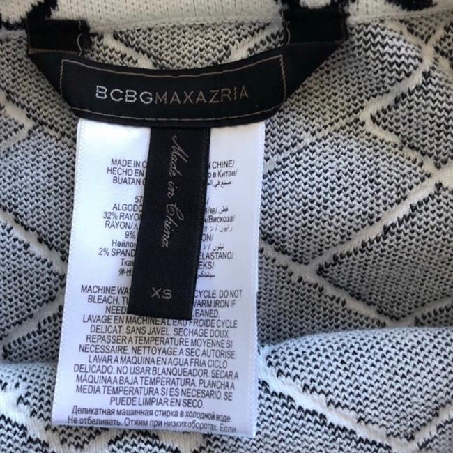 BCBGMAXAZRIA Skirt Black and White Image 5