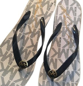 ce14d30740207e White Michael Kors Sandals - Up to 90% off at Tradesy
