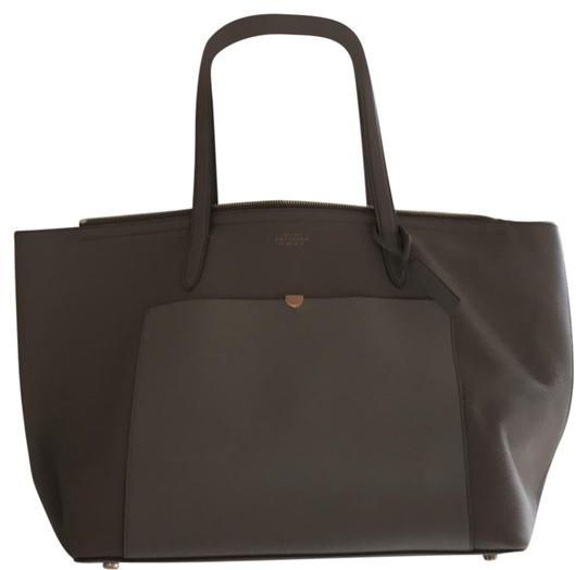 Preload https://img-static.tradesy.com/item/22529695/smythson-panama-east-west-zip-made-in-italy-grey-cross-grain-and-smooth-calf-leather-tote-0-1-540-540.jpg