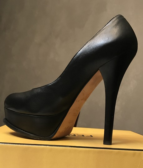 Fendi Platform 38 Gold Black Pumps Image 1