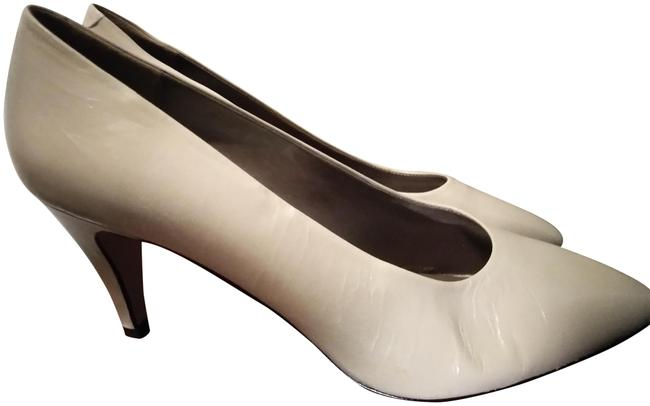 Item - Ivory Made In Italy Pumps Size US 11.5 Narrow (Aa, N)