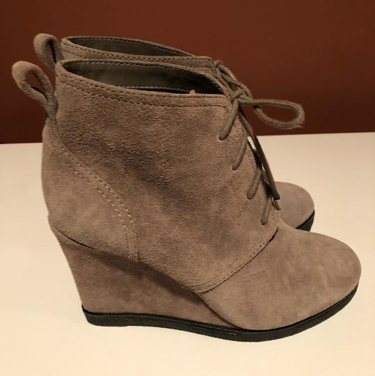 Vince Camuto taupe Wedges