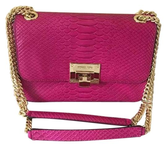 Preload https://img-static.tradesy.com/item/22531267/michael-kors-tina-medium-shoulder-bag-0-1-540-540.jpg