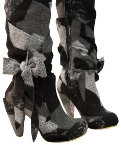Irregular Choice Black/Grey Boots
