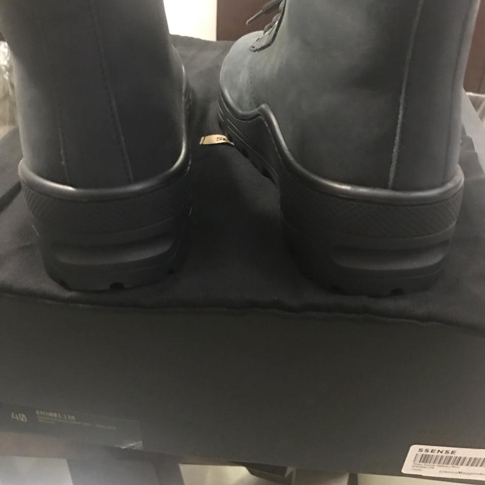 3bcc570bd5254 YEEZY Black Season 5 Boots Booties Size EU 40 (Approx. US 10) Regular (M