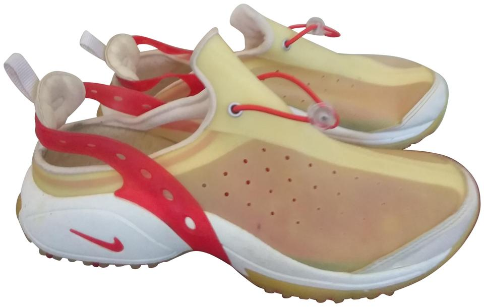 pretty nice 021bc 6f791 Nike Red white cream Athletic Image 0 ...
