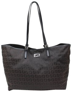 Fendi Roll Neverfull Goyard St Louis Chanel Gucci Tote in Black