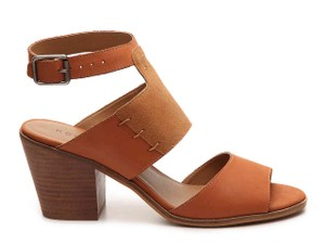 Kelsi Dagger Stacked Block Slingback Strap Tan with Gold heel Sandals