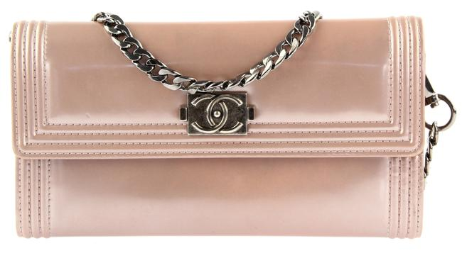 Item - Boy Wallet on Chain *chain Added* Light Pink Patent Leather Clutch