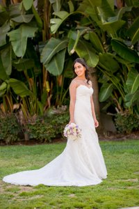 Matthew Christopher Off White/Off White Shades Of Ivory Outer Layer: Silk Chiffon Bands. Inner Layer: Floral Lace Sofia Beaded Gown Modern Wedding Dress Size 2 (XS)