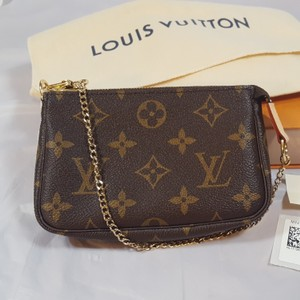 Louis Vuitton Mini Pochette Lv Pochette Clutch