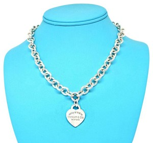 Tiffany & Co. 18 inches! New Please Return To Tiffany Sterling Silver Heart Necklace