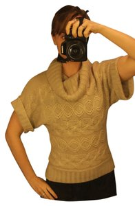 Forever 21 Short Sleeves Cable Knit Brown Tan Sweater