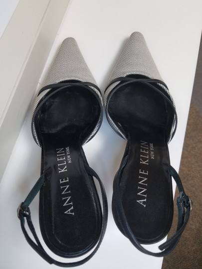 AK Anne Klein Slingback Criss-cross Black and White Fabric Pumps Image 3