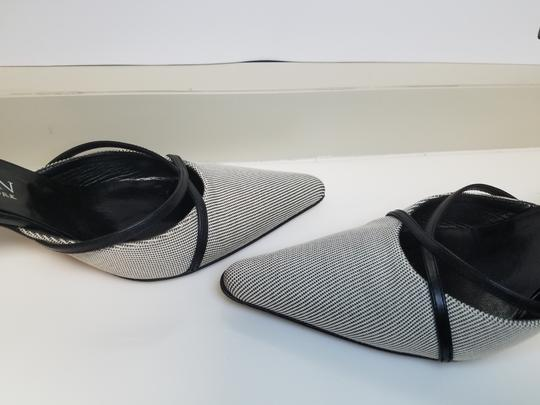 AK Anne Klein Slingback Criss-cross Black and White Fabric Pumps Image 5