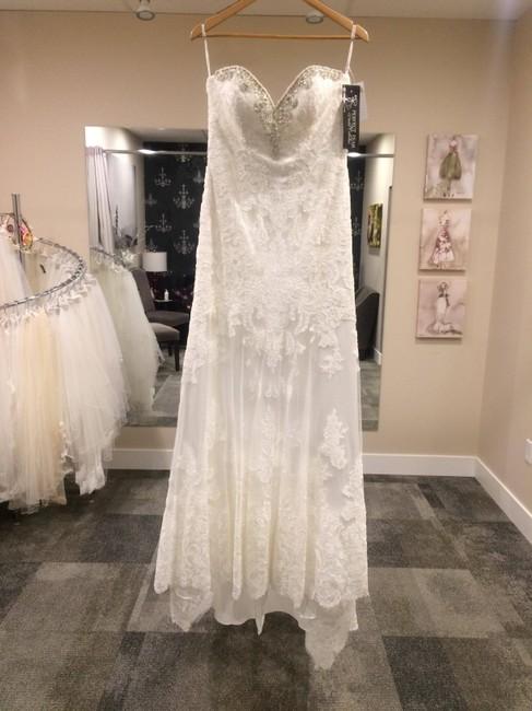 Item - Ivory Lace D1947 Traditional Wedding Dress Size 10 (M)