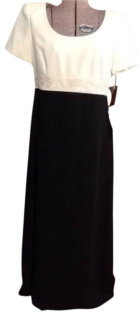 Preload https://item3.tradesy.com/images/liz-claiborne-cream-and-black-night-collection-long-workoffice-dress-size-12-l-2254657-0-0.jpg?width=400&height=650