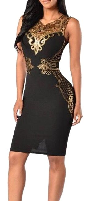 Top Gold & Diamond Jewelry Green Sequin Elegant Bandage Mid-length Night Out Dress Size Petite 12 (L) Top Gold & Diamond Jewelry Green Sequin Elegant Bandage Mid-length Night Out Dress Size Petite 12 (L) Image 1
