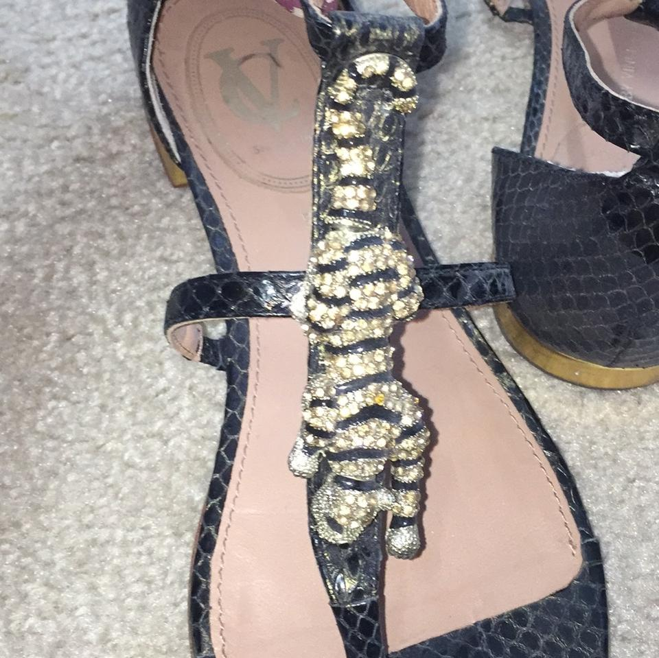 8f96402ae209 Vero Cuoio Black and Gold Jaguar Animal Vince Camuto Sandals Size US ...