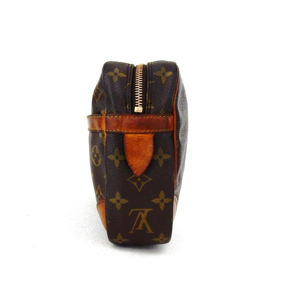 louis vuitton brown compiegne 28 monogram canvas leather makeup travel dopp cosmetic bag tradesy. Black Bedroom Furniture Sets. Home Design Ideas