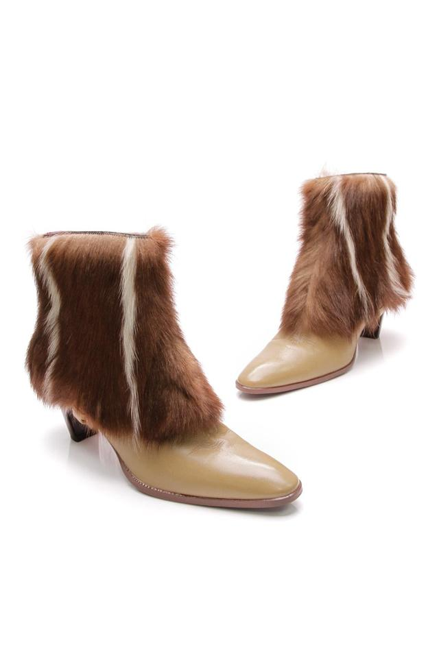 Fendi Leather Brown Vintage Light Leather Fendi Fur Zip Ankle Boots/Booties f3a5cd