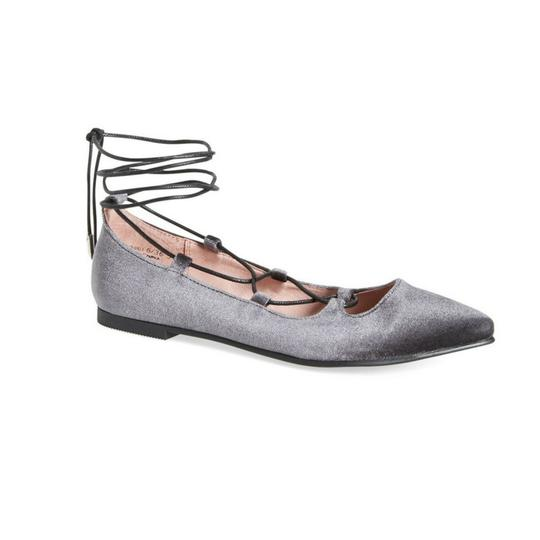 Preload https://img-static.tradesy.com/item/22554384/chinese-laundry-smoke-copper-metallic-leather-ladies-heels-with-jewel-on-top-pumps-size-us-75-regula-0-0-540-540.jpg