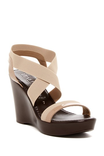 Preload https://img-static.tradesy.com/item/22554466/italian-shoemakers-taupe-sandal-wedges-size-us-85-regular-m-b-0-0-540-540.jpg