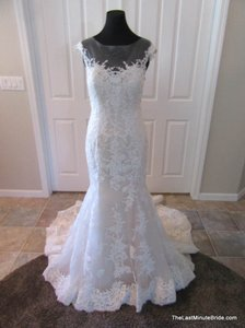 Maggie Sottero Ivory Over Nude Lace Noelle 5mb657 Feminine Wedding Dress Size 8 (M)
