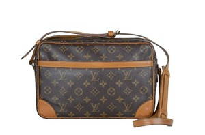 Louis Vuitton Trocadero Leather Cross Body Bag