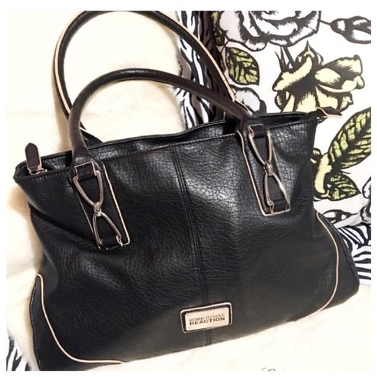 Preload https://img-static.tradesy.com/item/22555058/kenneth-cole-reaction-black-leather-tote-0-2-540-540.jpg