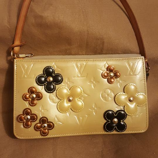 Louis Vuitton Limited Edition Flowers And Roses Pochette Crossbody Monogram Shoulder Bag