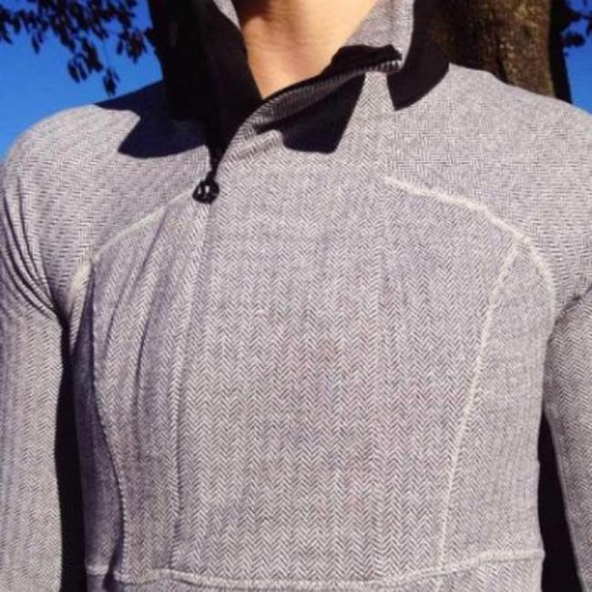 Lululemon Lululemon Base Runner 1/2 Zip Herringbone SOLD OUT!