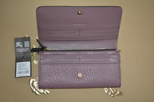 Burberry NWT BURBERRY WOMENS PENROSE LEATHER CONTINENTAL WALLET Image 7