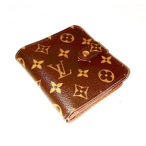 dc9d05c6c909 Louis Vuitton Accessories on Sale - Up to 70% Off at Tradesy
