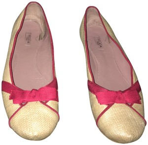 ALAÏA Natural straw color w red bow/trim Flats