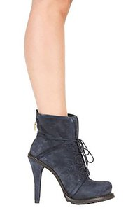 Elizabeth and James Suede Gold-tone Zipper Interior Print Navy Boots