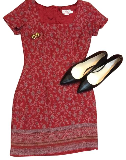Item - Red Mid-length Short Casual Dress Size Petite 2 (XS)