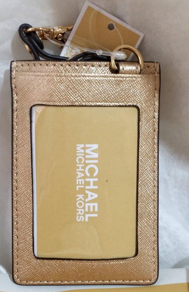 new concept 8bf9e f499b Michael Kors Plae Gold Badge Id Holder Credit Card Case Lanyard Card Case  48% off retail