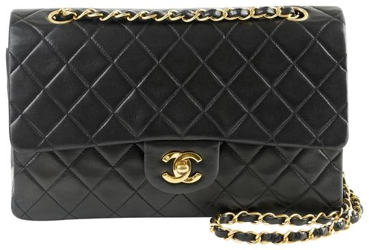 Preload https://item4.tradesy.com/images/chanel-classic-flap-classic-medium-double-quilted-medium-black-lambskin-leather-shoulder-bag-22561033-0-3.jpg?width=440&height=440