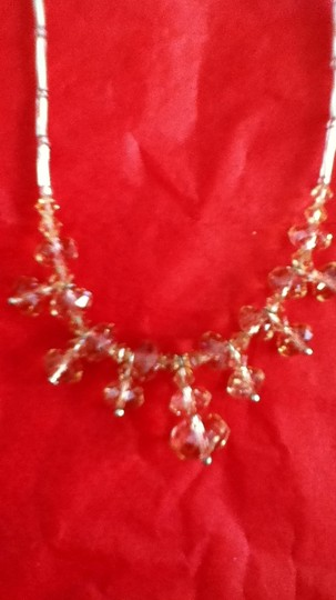 Other crystal beaded necklace